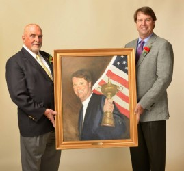 Artist Paul Dillon presents Paul Azinger with his portrait