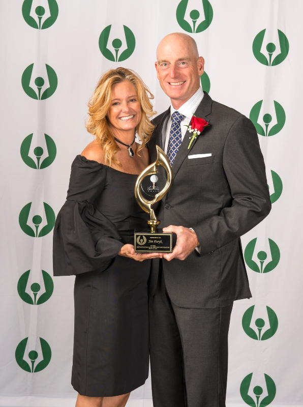 Jim and Tabitha Furyk with Jim's 2019 Gold Tee Award