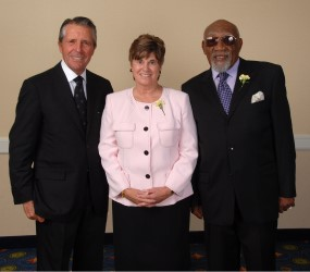 Gary Player, Former MGWA President Patricia Norton and 2008 Gold Tee Award recipient Charlie Sifford